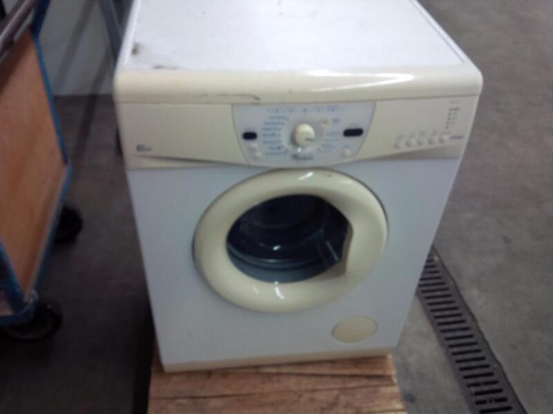 60er waschmaschine def von whirlpool in niedersachsen leer ostfriesland waschmaschine. Black Bedroom Furniture Sets. Home Design Ideas