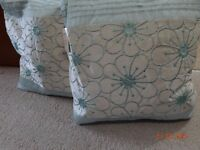 Dunelm Curtain and Brand NEW 3x cushions