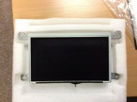 AUDI A4 LCD RADIO SCREEN FROM 2013 MODEL WORKING IN VERY GOOD CONDITION £98 ONO