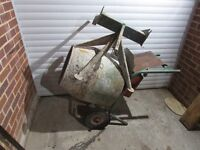 Cement mixer belle with stand