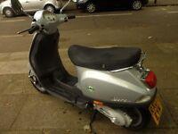 hpi clear Paggio Vespa LX50cc silver