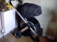 BLACK OYSTER PARENT OR FORWARD FACING PUSHCHAIR + CHESTPADS & RAINCOVER **FREE DELIVERY HULL**