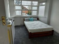 Lovely double room with own kitchenette including bills for single occupancy only