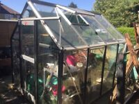 Greenhouse 8' X 6' Complete and Ready To Use
