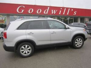 2011 Kia Sorento LX! HEATED SEATS!