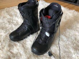 2006 Burton SL8 Snowboard Boots, UK9