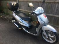 Peugeot tweet 50 cc scooter