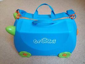 Trunki, childs suitcase.