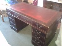 Classic desk/bureau, leather top with gold edging, 9 drawers