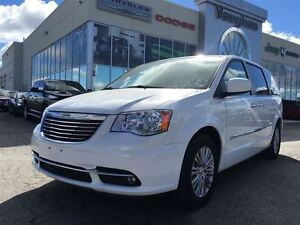 2016 Chrysler Town & Country Touring  L  - LEATHER - NAVIGATION
