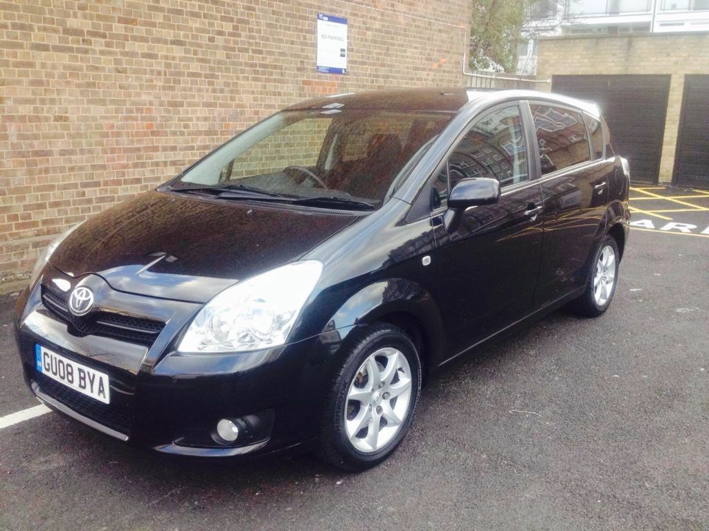 2008 toyota corolla verso sr vvt i 1 8 petrol manual black 7 seater in ilford london gumtree. Black Bedroom Furniture Sets. Home Design Ideas