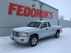 2008 Dodge Dakota SXT Package ***FREE C.A.A PLUS FOR 1 YEAR!***