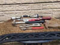 Various used chippy screwdrivers plus more