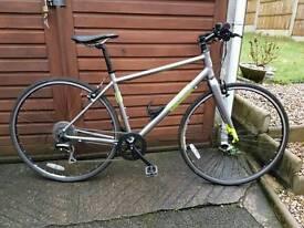 Ladies pinnacle hybrid bike. Lovely condition used few times.