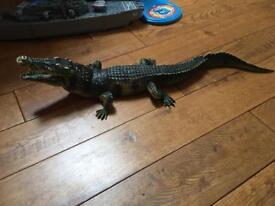 Large plastic crocodile / alligator