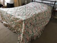 Kingsize Bedspread, quilted, double sided