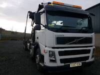 8x4 Hookloader with Hiab