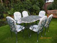 Garden metal table and 6 chairs with cushions
