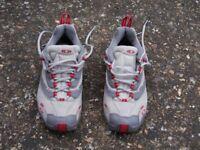 Salomon ladies walking/approach shoes size 5.5 for sale