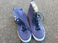 Men's Levi shoes/ boots