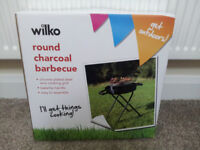 New Round Charcoal barbecue BBQ on stand