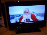 beautiful quality sony bravia 26 inch lcd,hdmi,flat screen tv,has freeview hundreds of channels.....