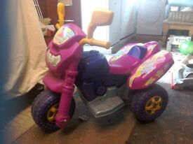 Pink battery operated car with charger
