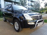 SSANGYONG REXTON AUTOMATIC DIESEL 2.7 , LEATHER INTERIOR,SIDE STEPS,VERY LOW MILES,3 MONTHS WARRANTY