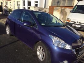 Peugeot 208 Hatchback 2012 1.4 e-HDi FAP Allure EGC. Only 20,000 Miles. NO ROAD TAX