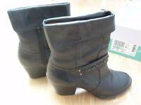 clarks ladies black cowboy boots;melissa holly size 6 D / size 39