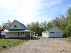 224 500$ - Maison à un étage et demi à vendre à Pointe-Du-La