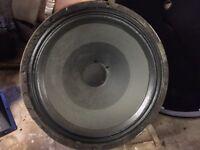 2 off Carlsbro powertone speakers