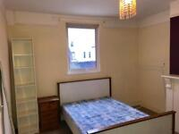 Spacious room on Gloucester Road