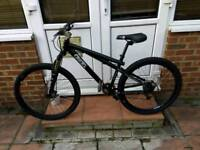 GT Chucker front suspension mountain bike, disc brakes, new parts fitted