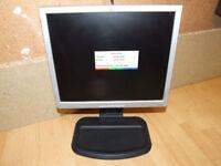 HP LCD MONITOR 17in L1740