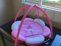 Baby play mat. Pink and white