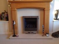 Real flame gas fire, wooden surround, marfil hearth