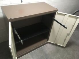Bisley metal office storage/filing/cabinet/cupboard