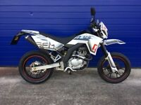 2016 SFM ZZ 125 SUPERMOTO 125 MOTORBIKE , LOW MILES , HPI CLEAR , VERY GOOD CONDITION