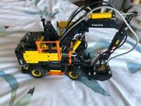 Technic lego Volvo EW160E excavator. 42053 Second hand. #