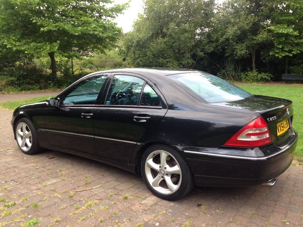 2004 mercedes benz c class 1 8 c200 kompressor avantgarde automatic in leeds city centre west. Black Bedroom Furniture Sets. Home Design Ideas