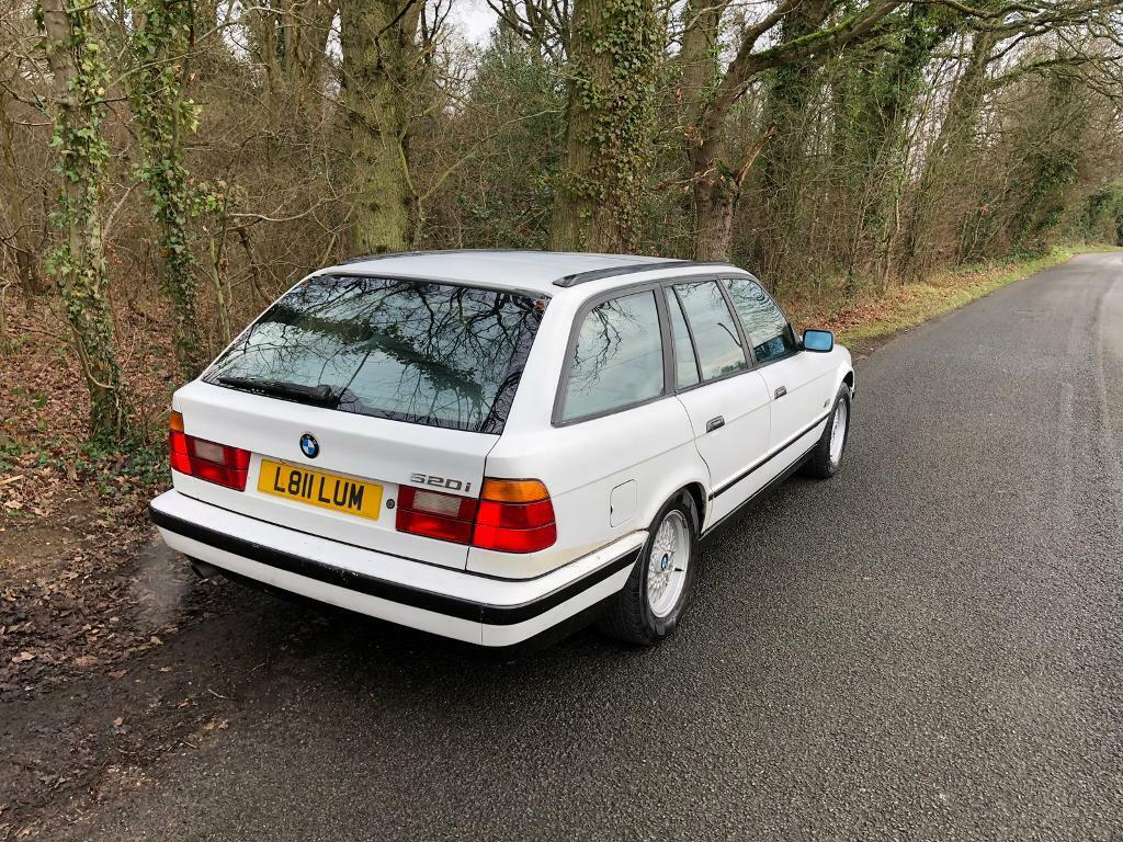 Bmw 520i Manual Touring In Guildford Surrey Gumtree