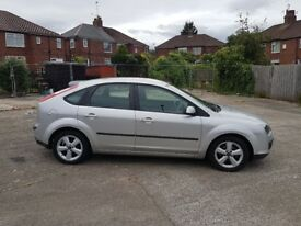 Automatic 1.6 ford focus LOW MILES