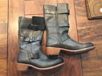 Dr martens black side zipper boots
