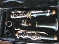 Bb Clarinet,exellent condition.