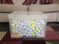 Mix of over 500 golf balls