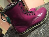 DR MARTENS GOOD CONDITIONS ONLY £29!!!!! SIZE 5