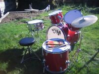 Complete starter set of Mambo drums in excellent condition