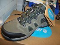 Mens Size 10 Waterproof Walking Shoes. New in Box