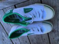Dunlop Green Flash pumps size 7
